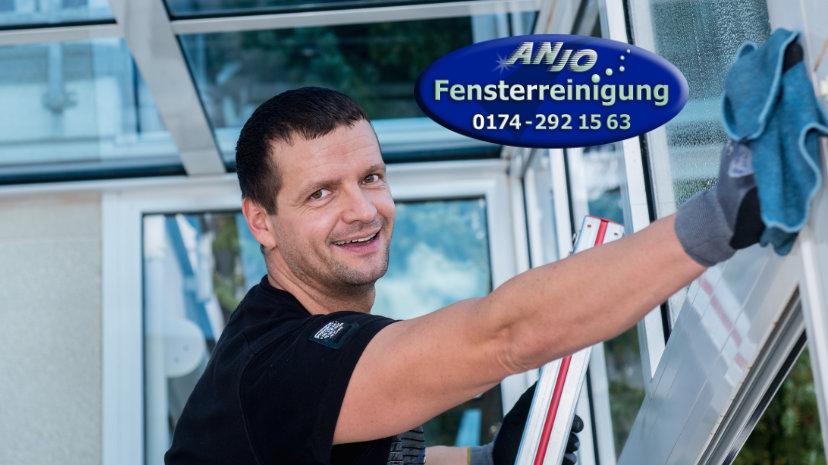 Anjo Fensterreinigung aus Trittau